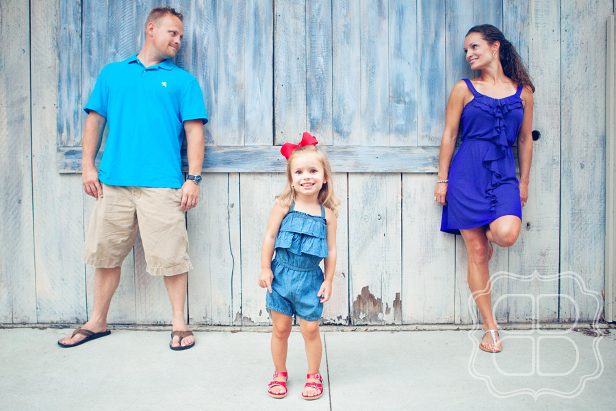 Adorable Family Poses For Charlotte Child Photographer